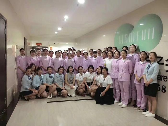 护士团队.jpg