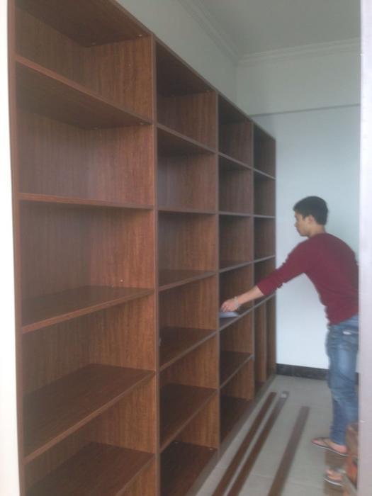 书柜没有柜门时.jpg