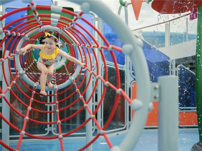 小孩娱乐2.jpg
