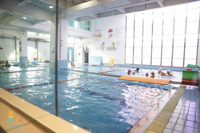 泳池2.jpg