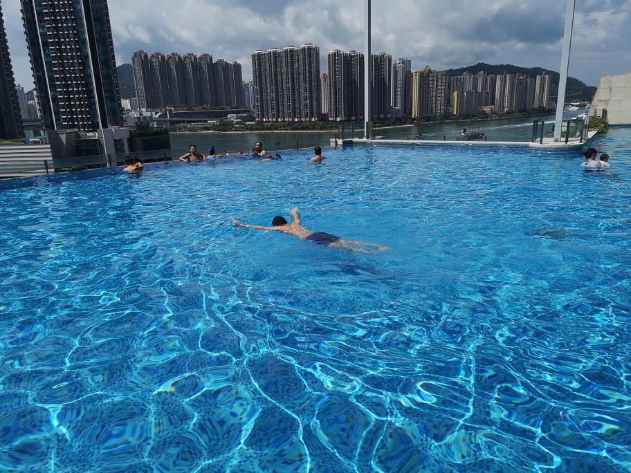 周末同游香港澳门,游客数巨大落差!