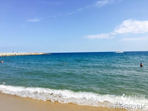 巴塞罗那游 特别特别蓝的海水
