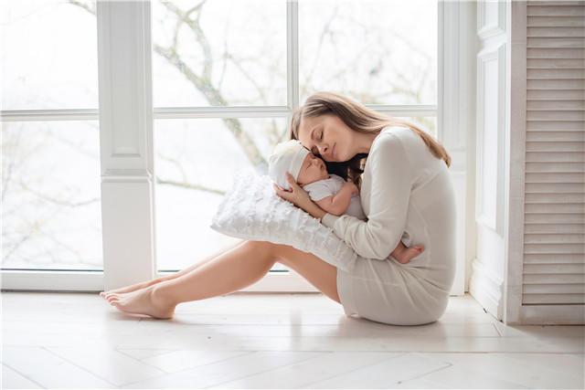 母子,家庭,室内,家居.jpg