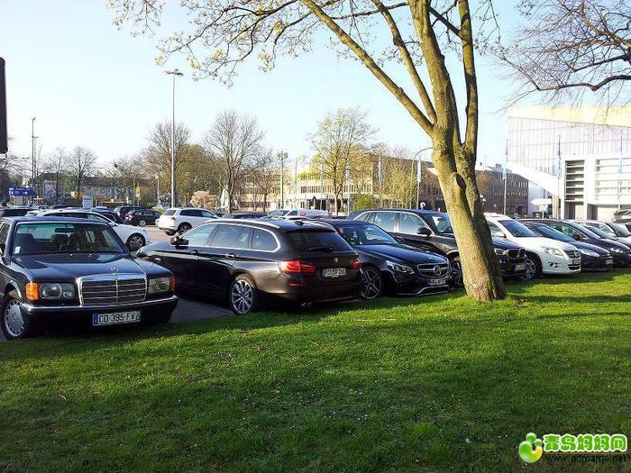 停车场.jpg