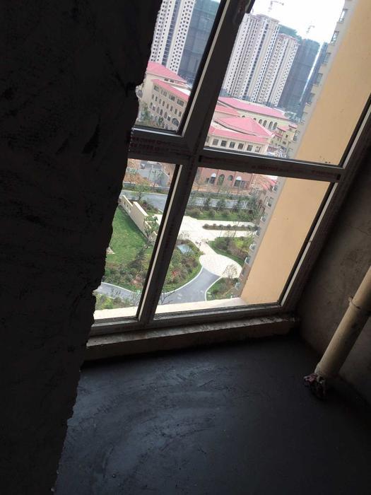 次卧阳台.JPG