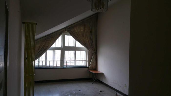 二楼主卧,以后我跟老公的房间,现在当孩子的游乐室