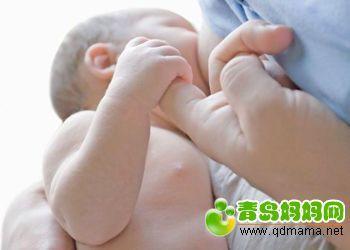 母乳喂养1.jpg