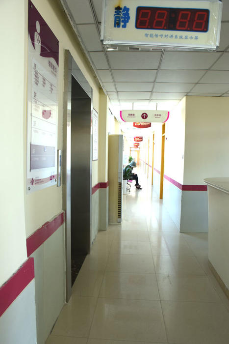 观察室2.jpg
