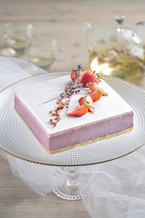 10 薰衣草黑加侖子蛋糕.jpg